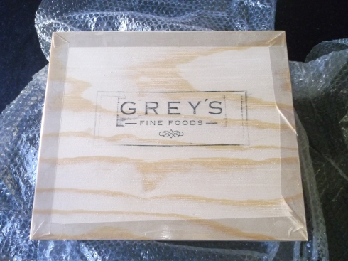 Grey's Hamper 004