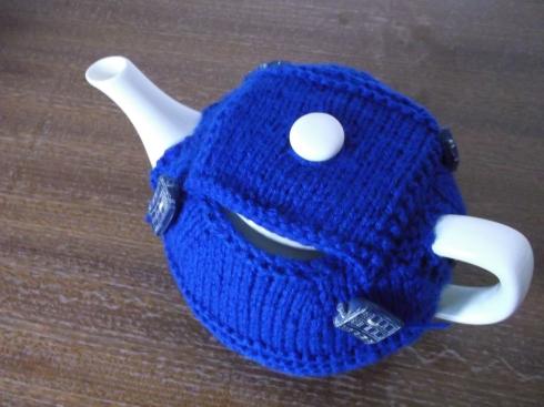TARDIS Tea Cosy 003