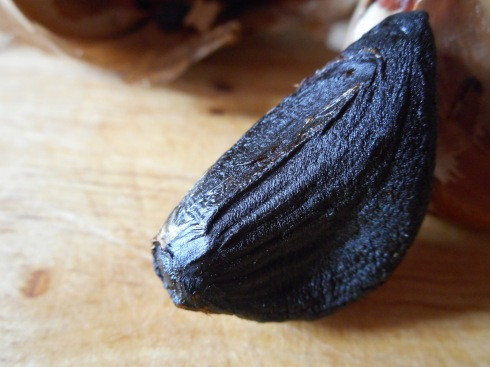 Black Garlic Hummus 024